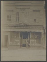 Image of Jacob S. Toder at the Jersey Street Inn, ca. 1918