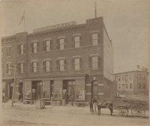 Image of Eduard Meurer store, ca. 1885-1887