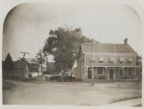 Image of Dobler's Court House Hotel, ca. 1910-1911