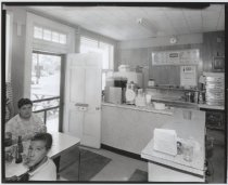 Image of Val's Pizzeria interior, photo by Herbert A. Flamm, 1966