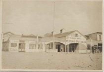 Image of Eureka Hotel, South Beach, Staten Island, ca. 1905-1915
