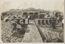 Image of Siblico Baths, South Beach,  Staten Island, photo by N.Y. Photo Co., 1916