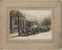 Image of Ford automobile dealership, ca. 1908