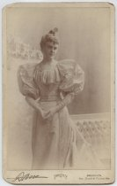 Image of Portrait of an unidentified woman, photo by Edward C. Dana, 1894