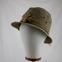 Image of Hat - 1980.028.01