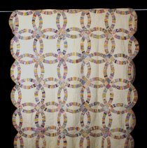 Image of Quilt - 1988.025.01