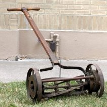 Image of Mower, Lawn - 1984.029.16
