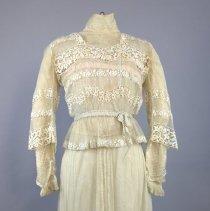 Image of Dress, Wedding - 1976.003.02