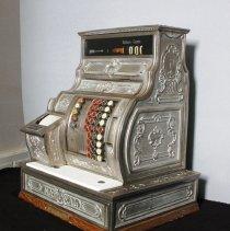 Image of Register, Cash - 2005.001.01