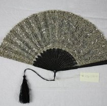 Image of Fan, Hand - 1996.028.01