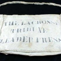 Image of Bag, Newspaper Carrier's - 1989.036.11