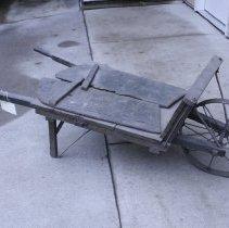 Image of Wheelbarrow - 1997.163.01
