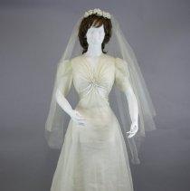 Image of Dress, Wedding - 1992.066.01