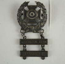 Image of Badge, Military - 2017.053.36