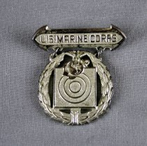 Image of Badge, Military - 2017.053.37