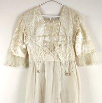 Image of Dress, Wedding - 1984.106.01