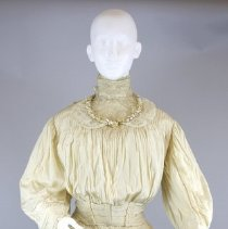 Image of Dress, Wedding - 1985.056.01