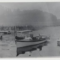 Image of 1986.842.17 - Photograph