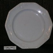 Image of 2005.1.144 - Plate, dinner