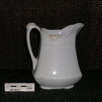 Image of 2005.1.172 - Pitcher, cream
