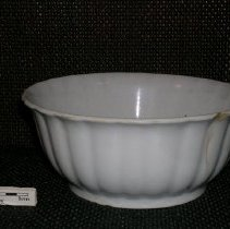 Image of 2005.1.178 - Bowl