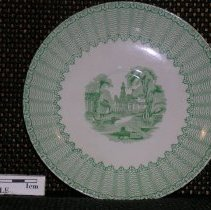 Image of 2005.1.77 - Saucer