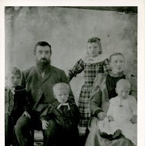 """Image of Print, Photographic - Copies: 1 ( 1 copy)  """"The Bunning family"""" (back)"""