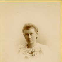 "Image of Print, Photographic - Copies: 1 ( 1 original)   ""Susie Agnes Murphy"" (front)"