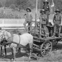 """Image of Print, Photographic - Copies: 1 ( 1 copy)  """"Hop wagon with Gooding thresher, Aug 1917[?]"""""""