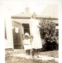 Image of Natalie Cauble and Nancy Jane - Thomas W. Cauble Family Photograph Collection