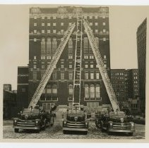 Image of Three hook and ladder fire engines, Saint Paul (Minn.) Fire Department - Seagrave Corporation Collection