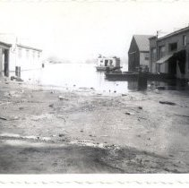 Image of Oertel's Garage Quincy Street - Mrs. E. Crawford Meyer 1945 Flood Photograph Collection