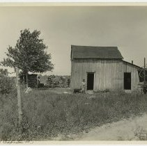 Image of Camp Zachary Taylor: J. H. Caperton's property   - Camp Zachary Taylor Photograph Album