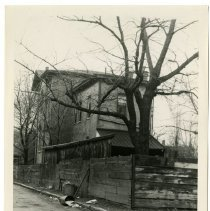 Image of Alley north of Ormsby St. between 6th St. and 7th St., Louisville, Ky. - Josephine Gertrude Simmons Collection