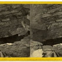 Image of Hanging Rocks - Magnesium Light Views in Mammoth Cave