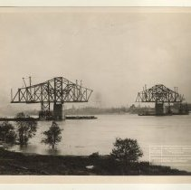 Image of Jeffersonville Cantilever [012PC49.190]