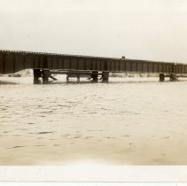 Image of Big Four Bridge at Shelby Street - Turah Thurman Crull 1937 Flood Photograph Collection