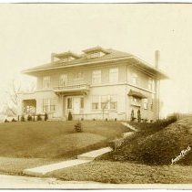 Image of W. L. Vaughan Residence - Arthur Raymond Smith Photograph Collection