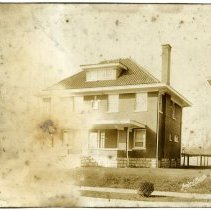 Image of L. R. Veatch Residence - Arthur Raymond Smith Photograph Collection