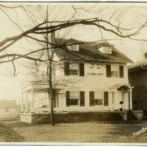 Image of Paul Kratz Residence  - Arthur Raymond Smith Photograph Collection