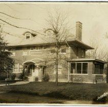 Image of W. G. Munn Residence  - Arthur Raymond Smith Photograph Collection