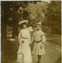 Image of Annie Fellows Johnston and Hattie Cochran - Individual Photograph Collection