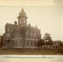 Image of Williamsburg Courthouse                                                                                                                                                                                                                                        - Rogers Clark Ballard Thruston Mountain Collection