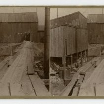 Image of Unidentified Building  - Louisville and Indiana Views Stereocard Collection