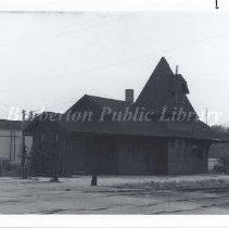 Image of 2009.888.002 - Erie Railroad Passenger Depot