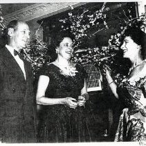 Image of Mrs. Ken Regan (1000.105.03e)
