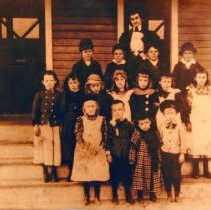 Image of Students in front of Chevy Chase's First Public School, circa 1900 (1000.11