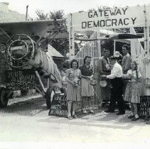 "Image of ""Gateway to Democracy"" (1000.115.02a)"