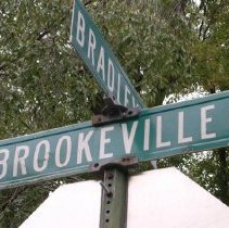 Image of Brookeville Rd. and Bradley Rd. sign (2009.126.01)