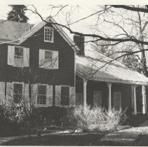 Image of 1988.08.01 - No Gain, North Facade 3518 Thornapple St.
